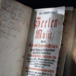 Gesangbuch Seelenmusik (Foto: Thomas Hartmann, Universitätsbibliothek Mainz)