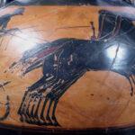 Detail einer pseudopanathenäischen Preisamphora (Foto: Angelika Schurzig, Institut für Altertumswissenschaften)