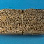 Keilschrifttafel mit Gilgamesch-Epos (Foto: Monika Gräwe, Arbeitsbereich Digitale Dokumentation)