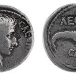 Denar des Kasiers Augustus zur Eroberung Ägyptens 28 v. Chr. (Foto/©: Oliver Becker, Arbeitsbereich Alte Geschichte)