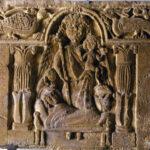 Reliefplatte mit Engel und Entschlafenen (Foto: Ursula Rudischer, Landesmuseum Mainz)