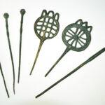 Kopien vorgeschichtlicher Bronzenadeln (Foto: Irene Bell, Institut für Altertumswissenschaften)